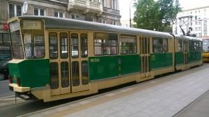 Uwaga - jedzie tramwaj
